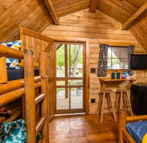 Cabin Rentals In America First Steps